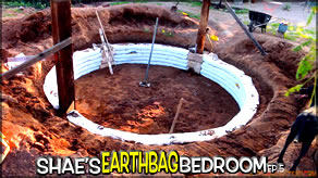 Beginning to Build the Earthbag Walls | Shae's Earthbag Bedroom Ep5 | Weekly Peek